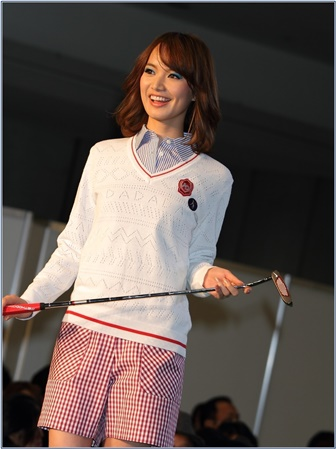 三枝こころ ゴルフ 画像