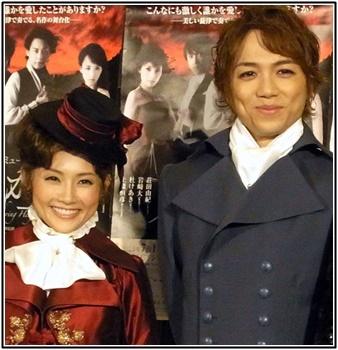 山崎育三郎と安倍なつみの画像