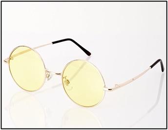 黄色いサングラスのメガネの画像