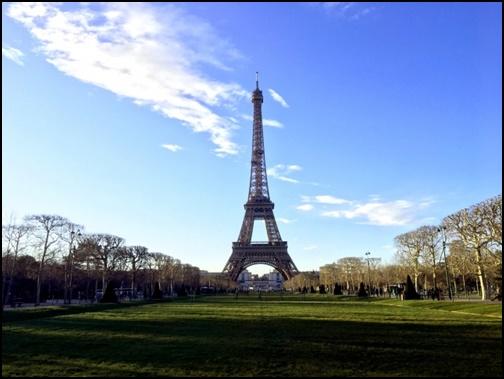 エッフェル塔の画像