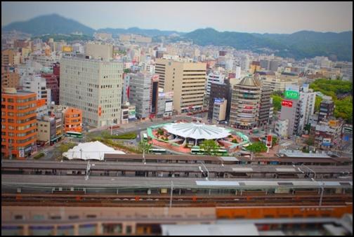神戸駅と神戸の街並みの画像
