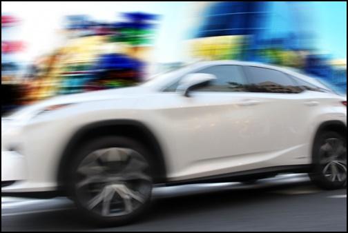 スポーツカーの画像